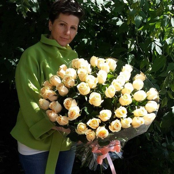 Где купить цветы оптом в липецке цветы доставкой 1000 рублей москва